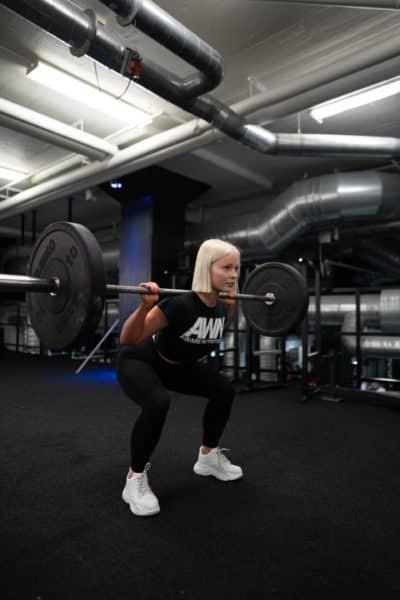 Benefits Squats Women Lifestyle Guide Image2