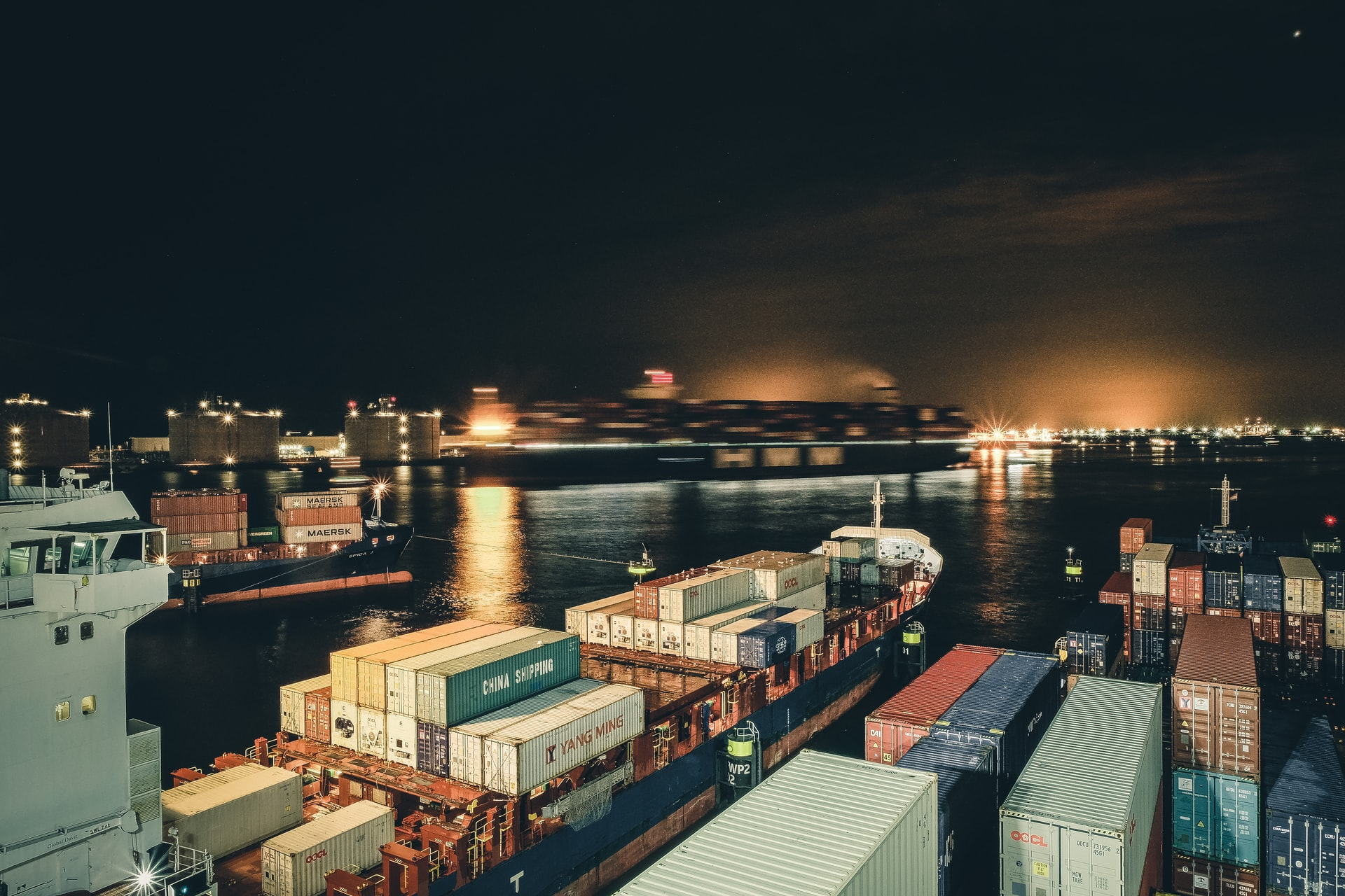Tips Reducing Shipping Costs Header Image