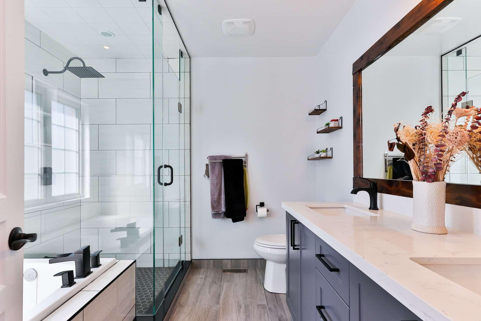 Bathroom Cleaning Hacks Header Image