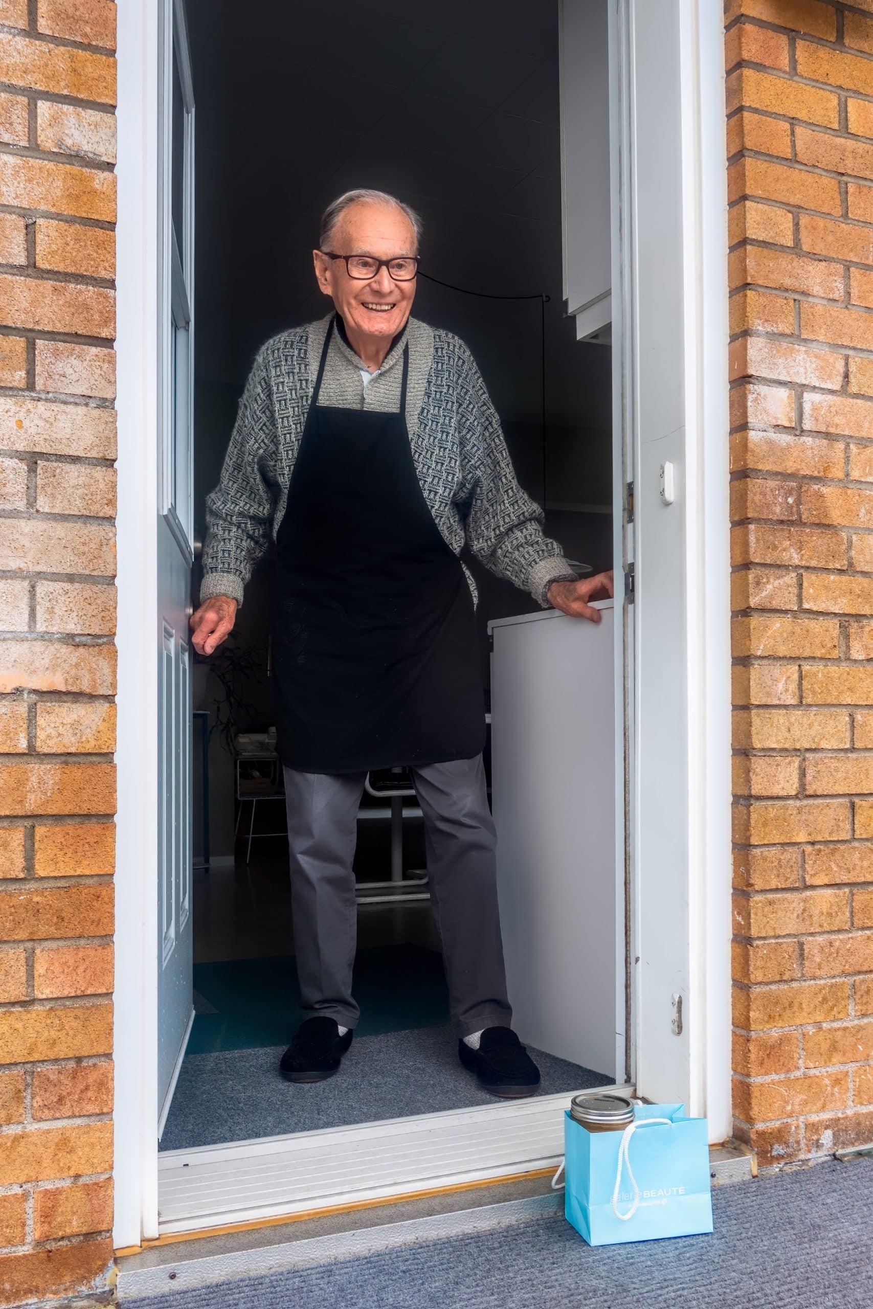 Improve Relationship Older People Article Image