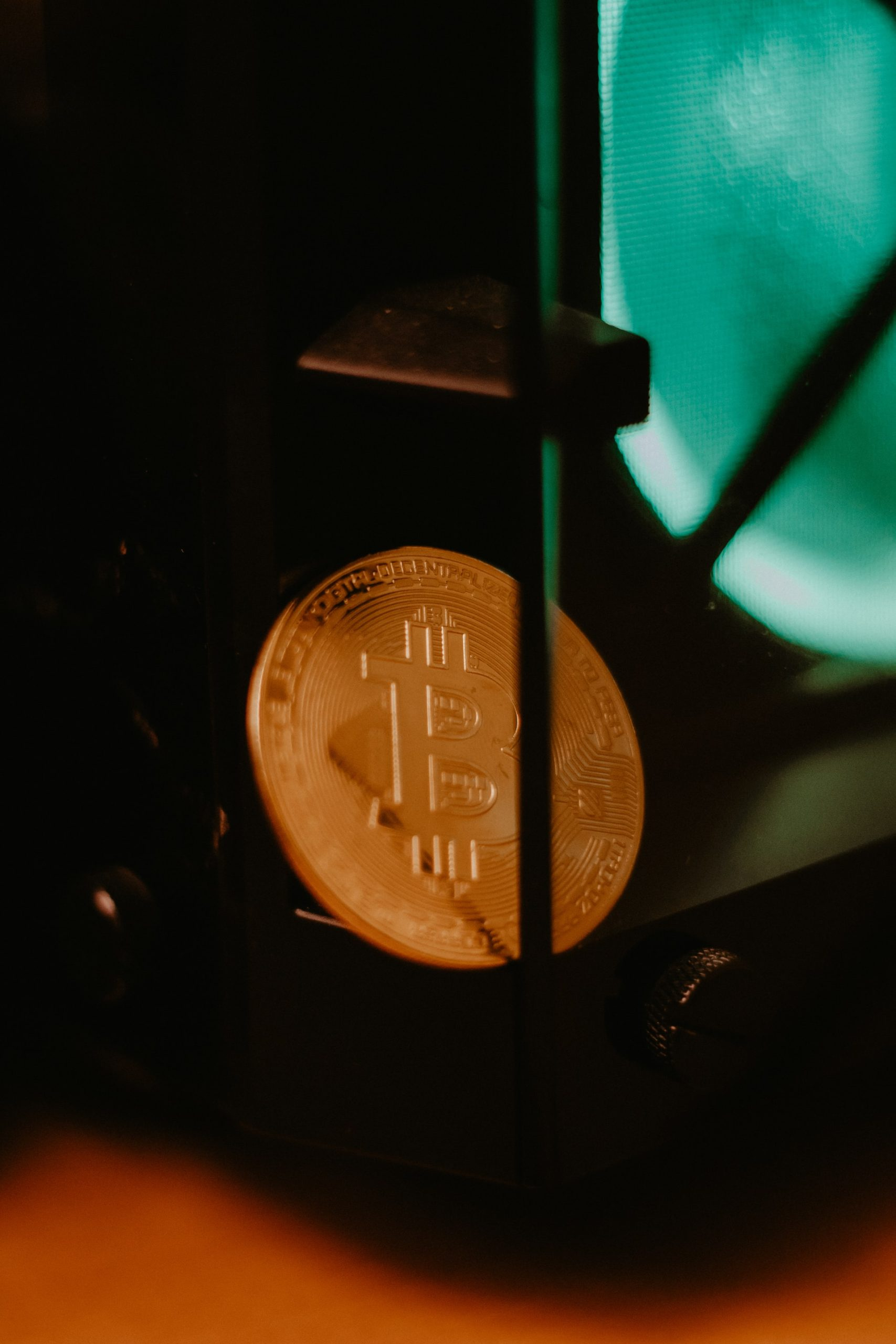 Bitcoin Global Economy Article Image