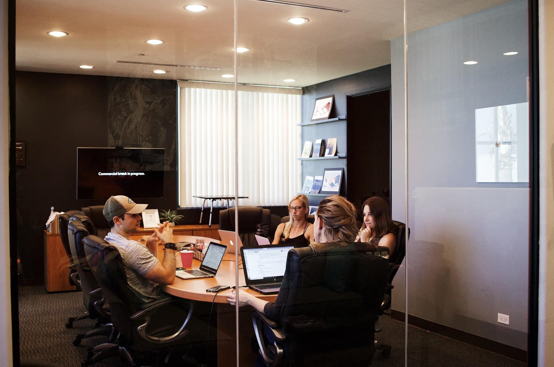 HR Payroll Software Header Image