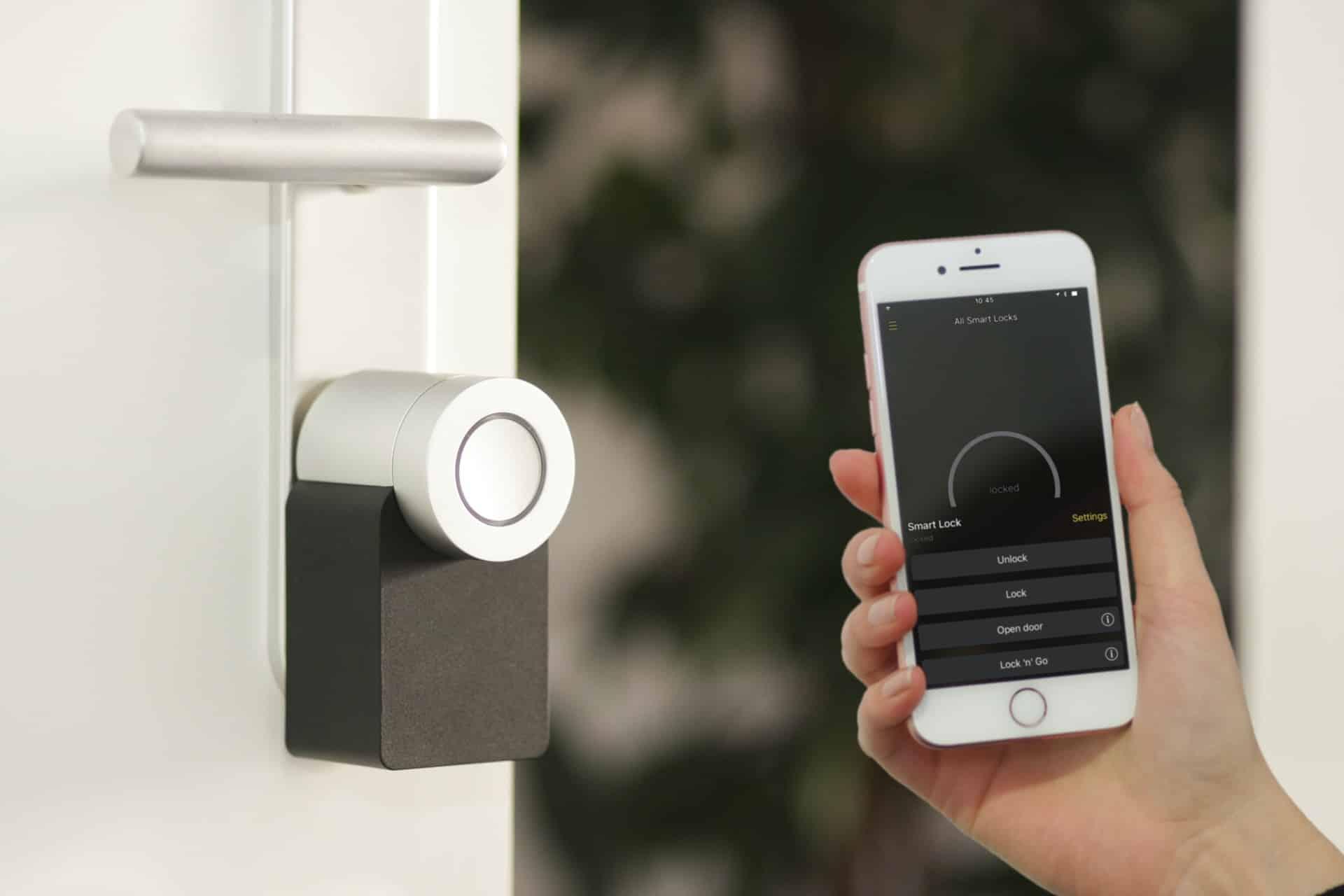 Smart Tech Home Header Image