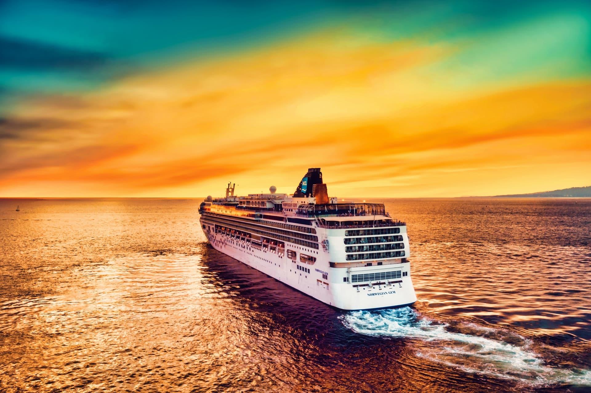 Top Casino Cruises Header Image