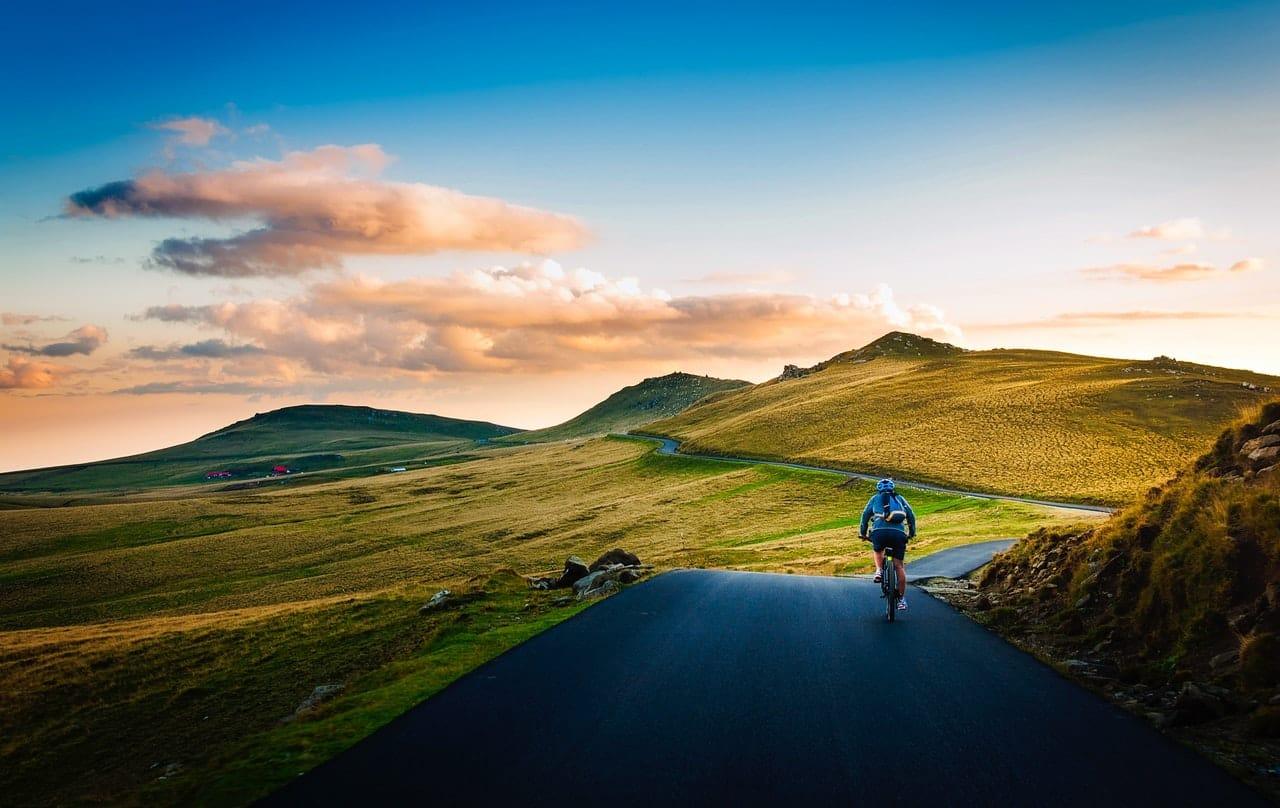 7 Technological Essentials Cyclist Header Image