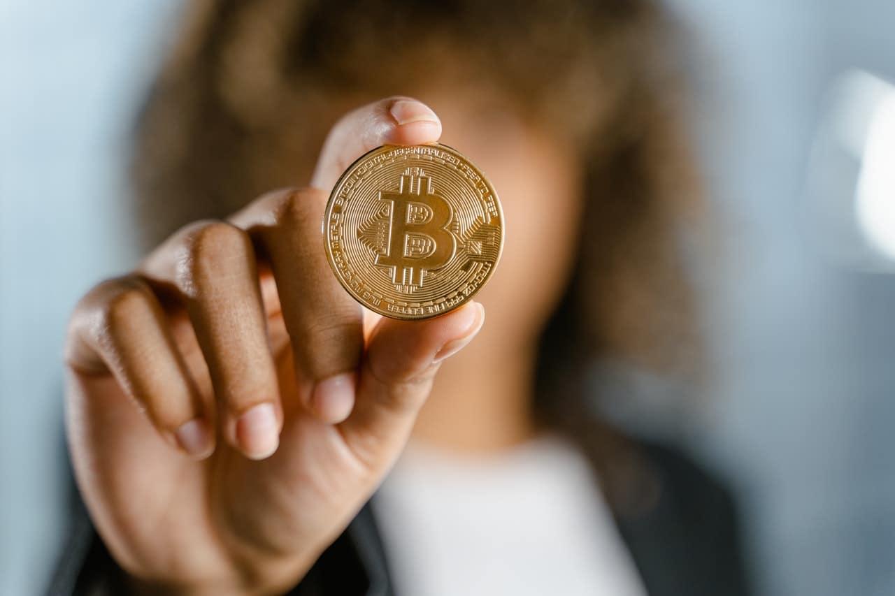Benefits Bitcoin Investment Header Image