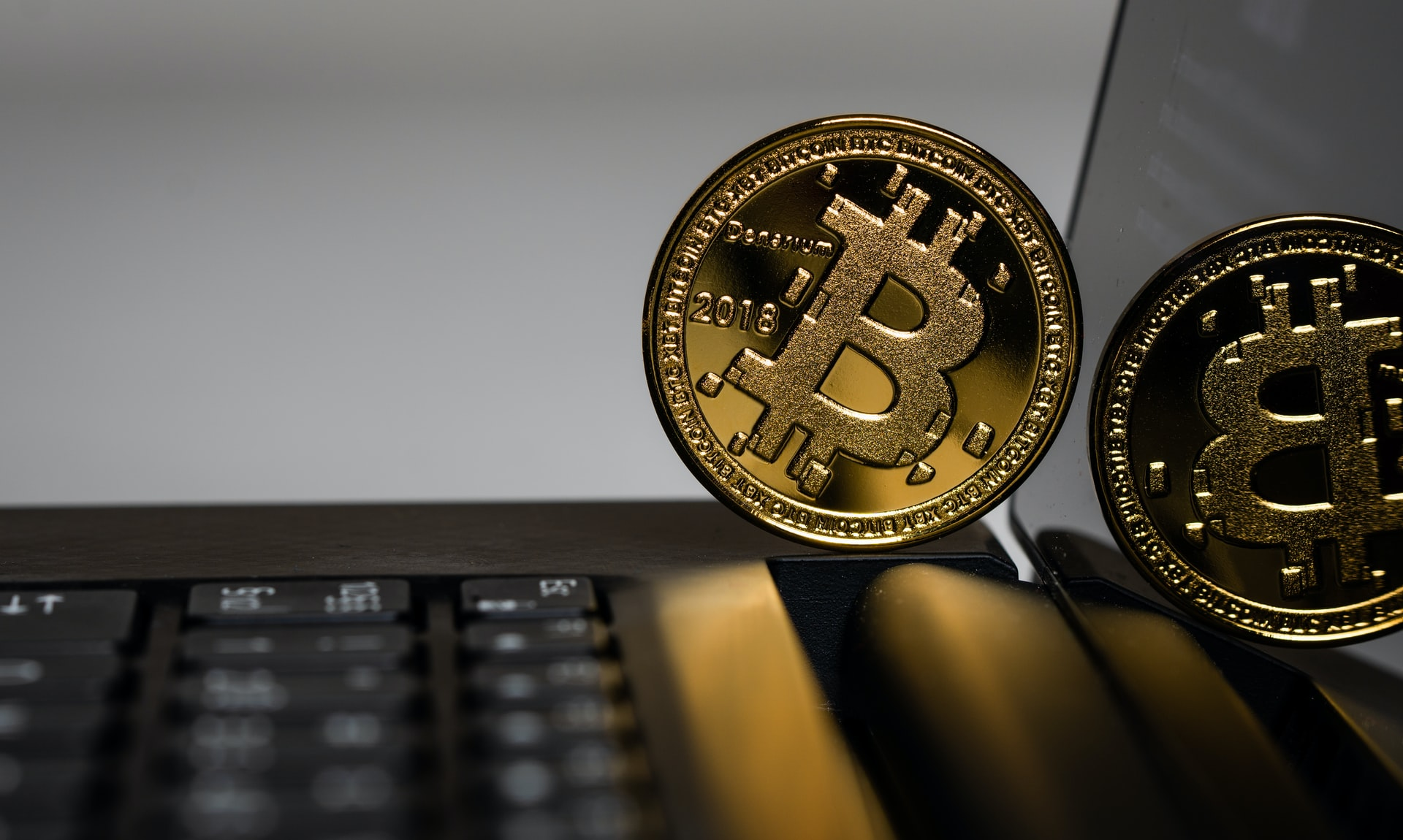 Bitcoin Online Games Header Image