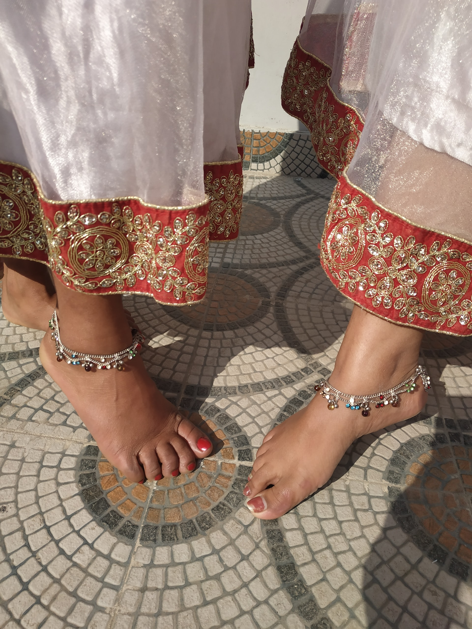 Meaning Behind Anklets Article Image