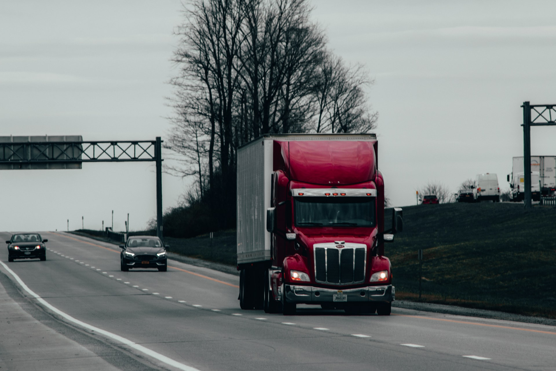 Start Trucking Company Header Image