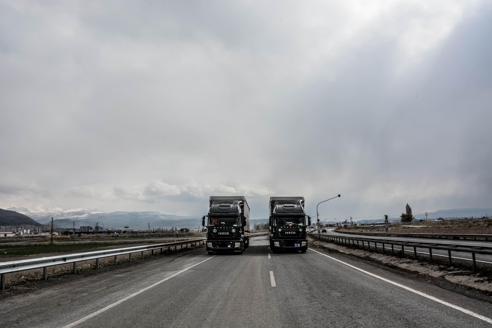 Vehicle Tracking Fleet Management Header Image