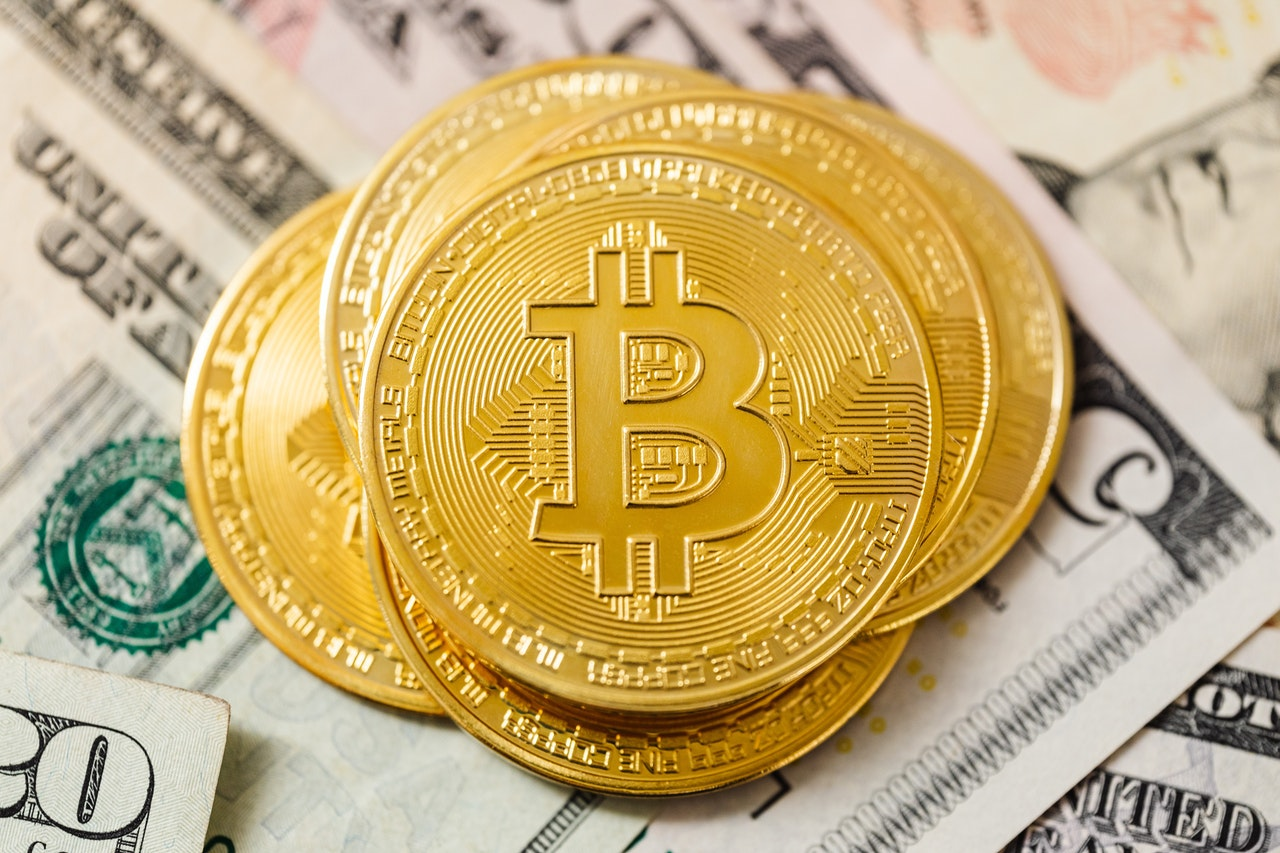 Casinos Replace Cryptocurrency Header Image