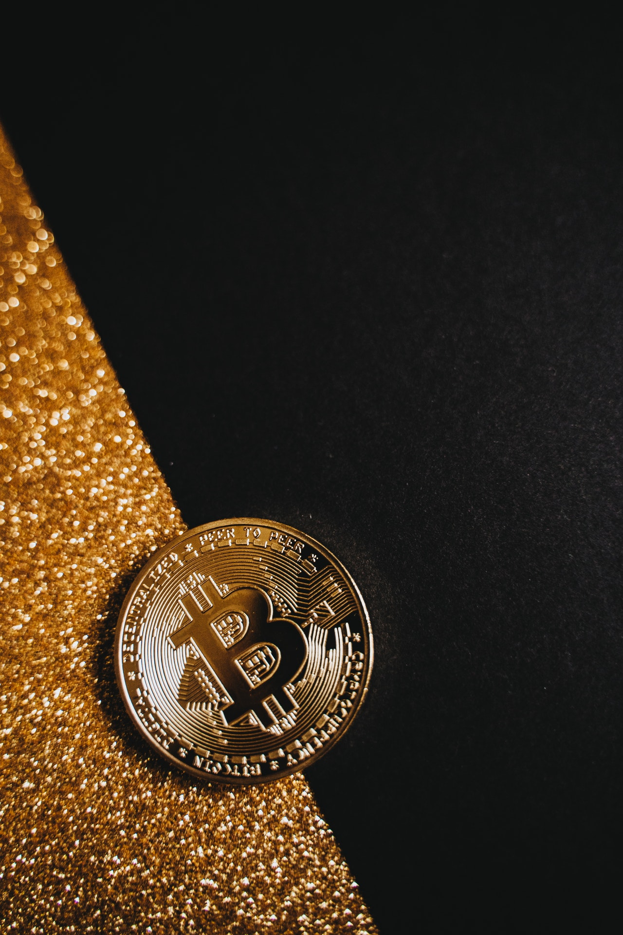 Bitcoin Investment Critical Article Image