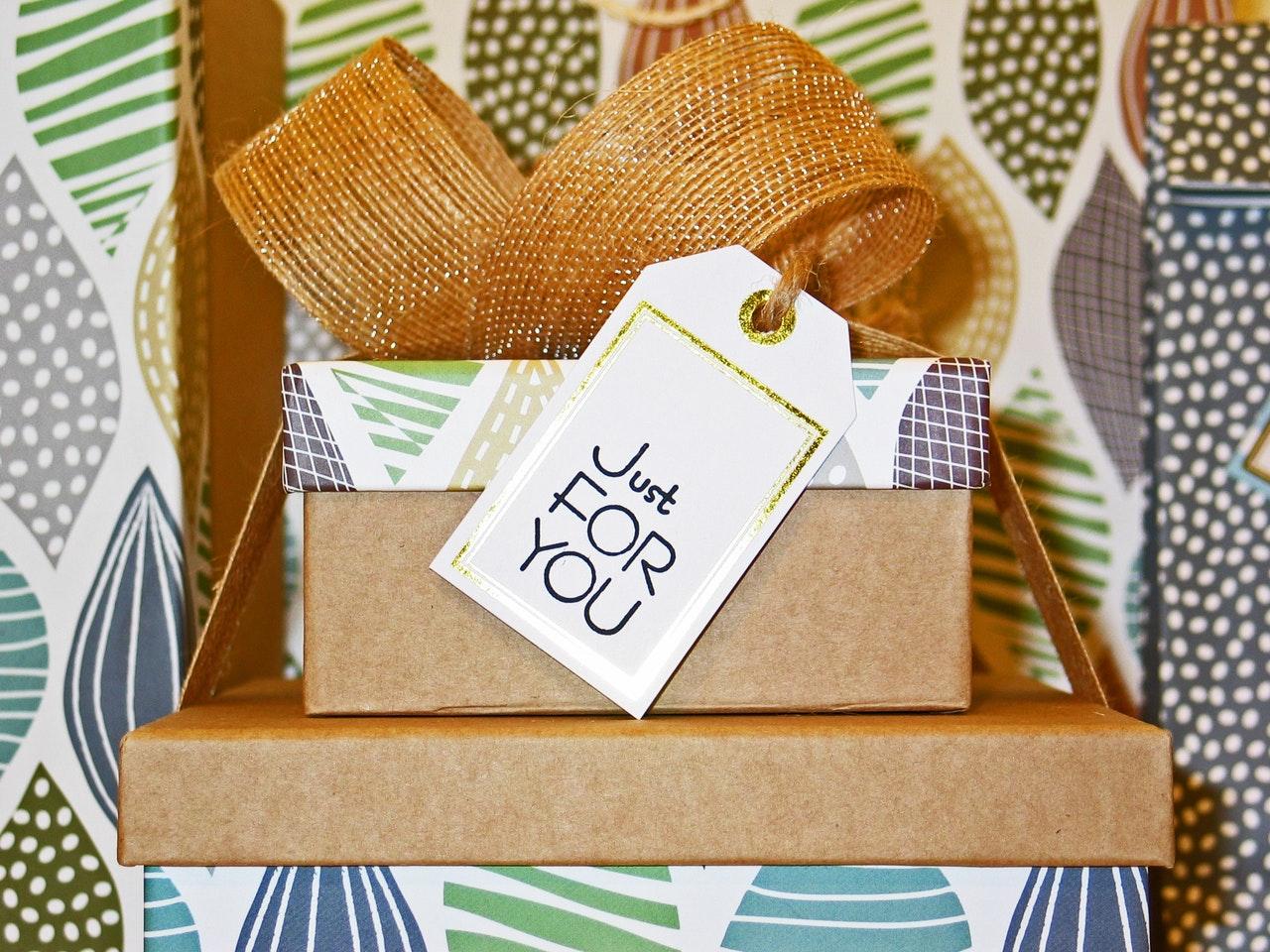 White Elephant Gifts Header Image