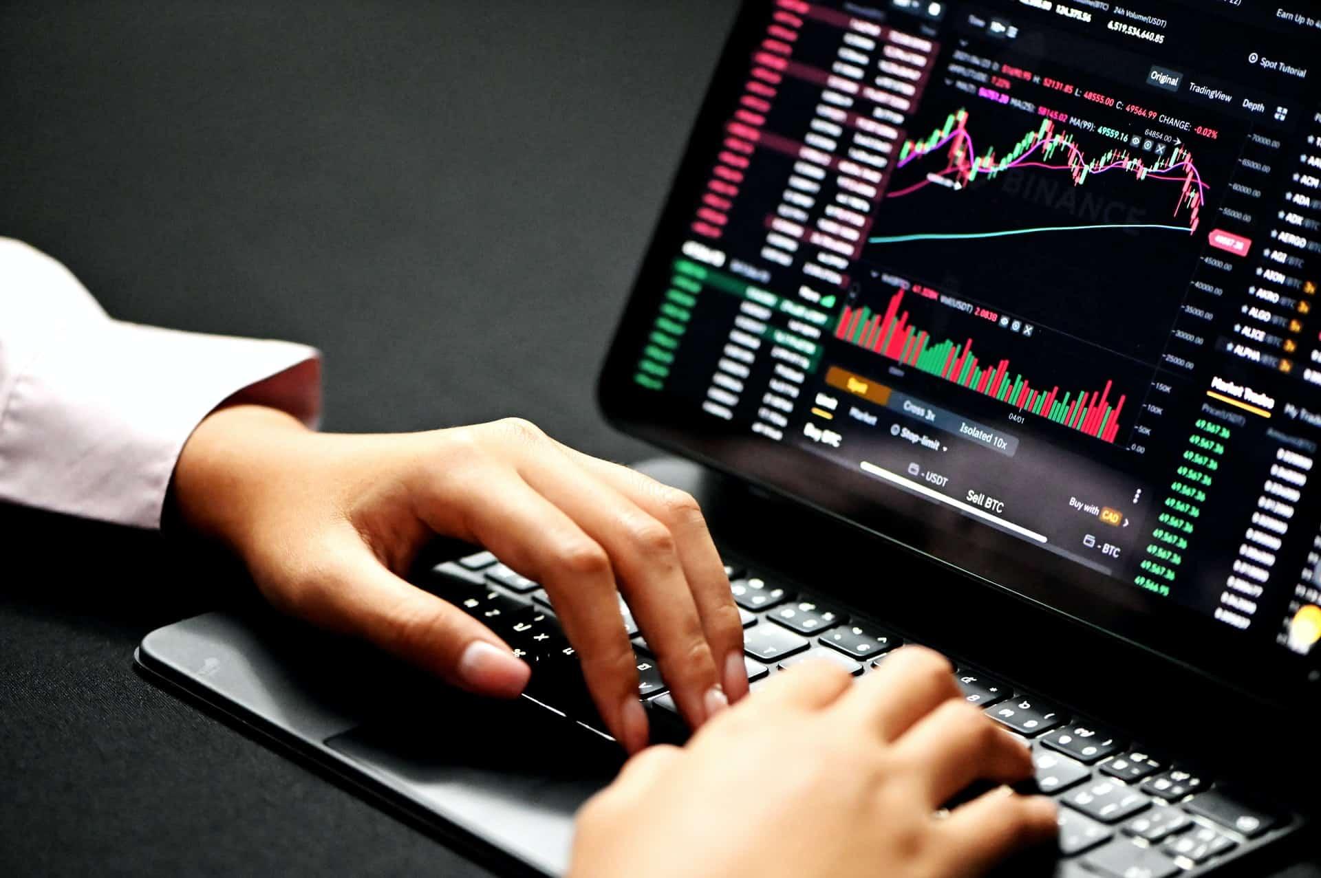 Why Way Broker Trading Account Header Image