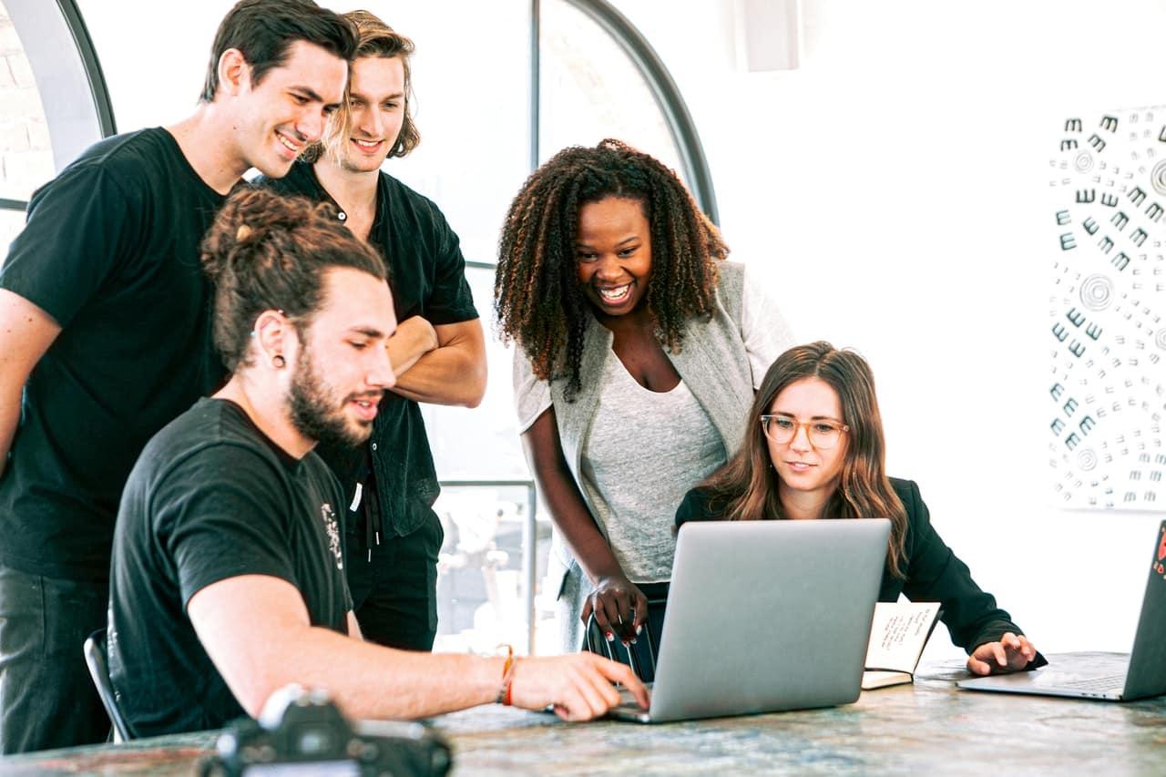 6 Challenges Startups Face Header Image