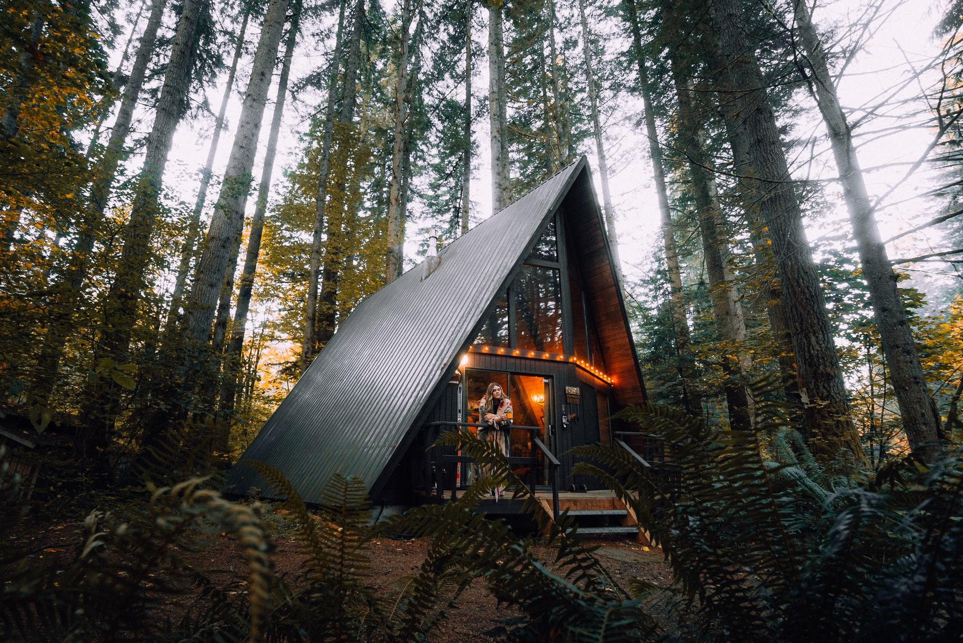 Airbnb Management Tips Header Image