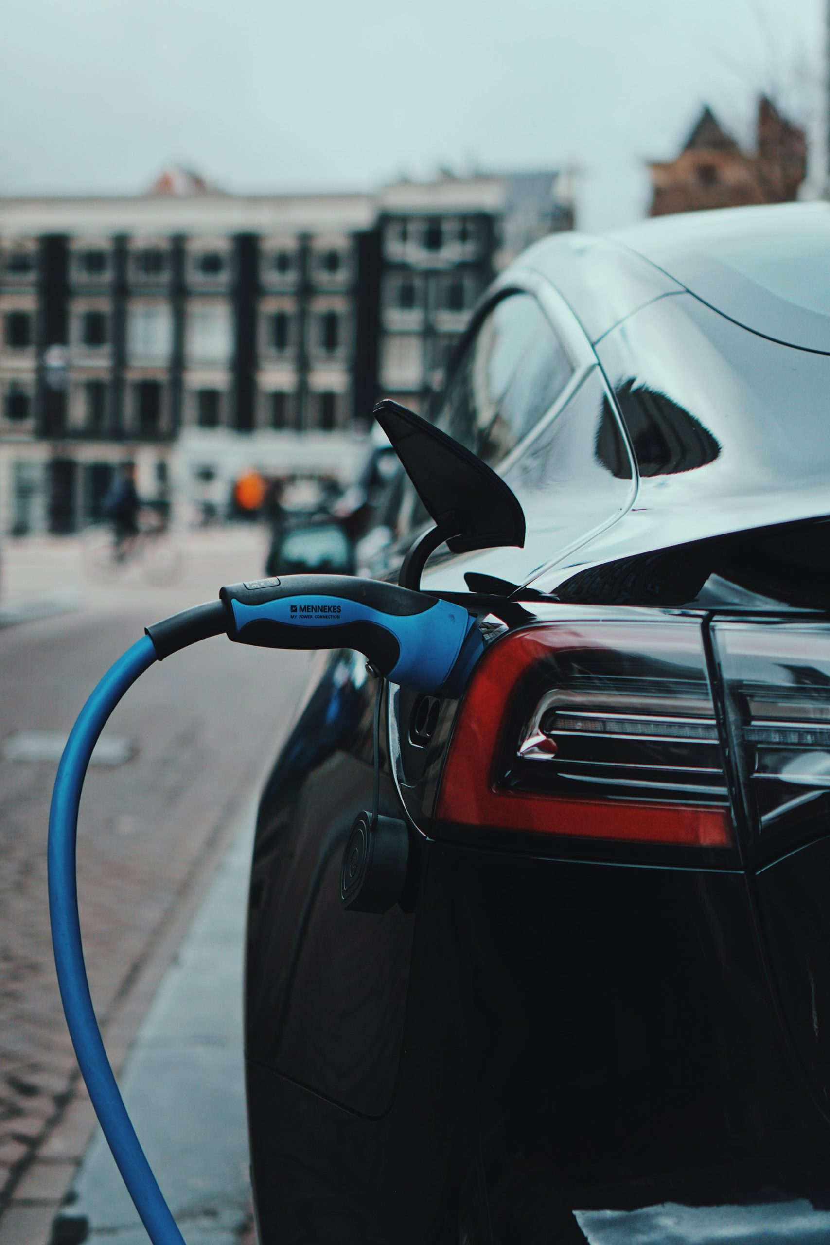 Electric Vehicle Business Cars Article Image