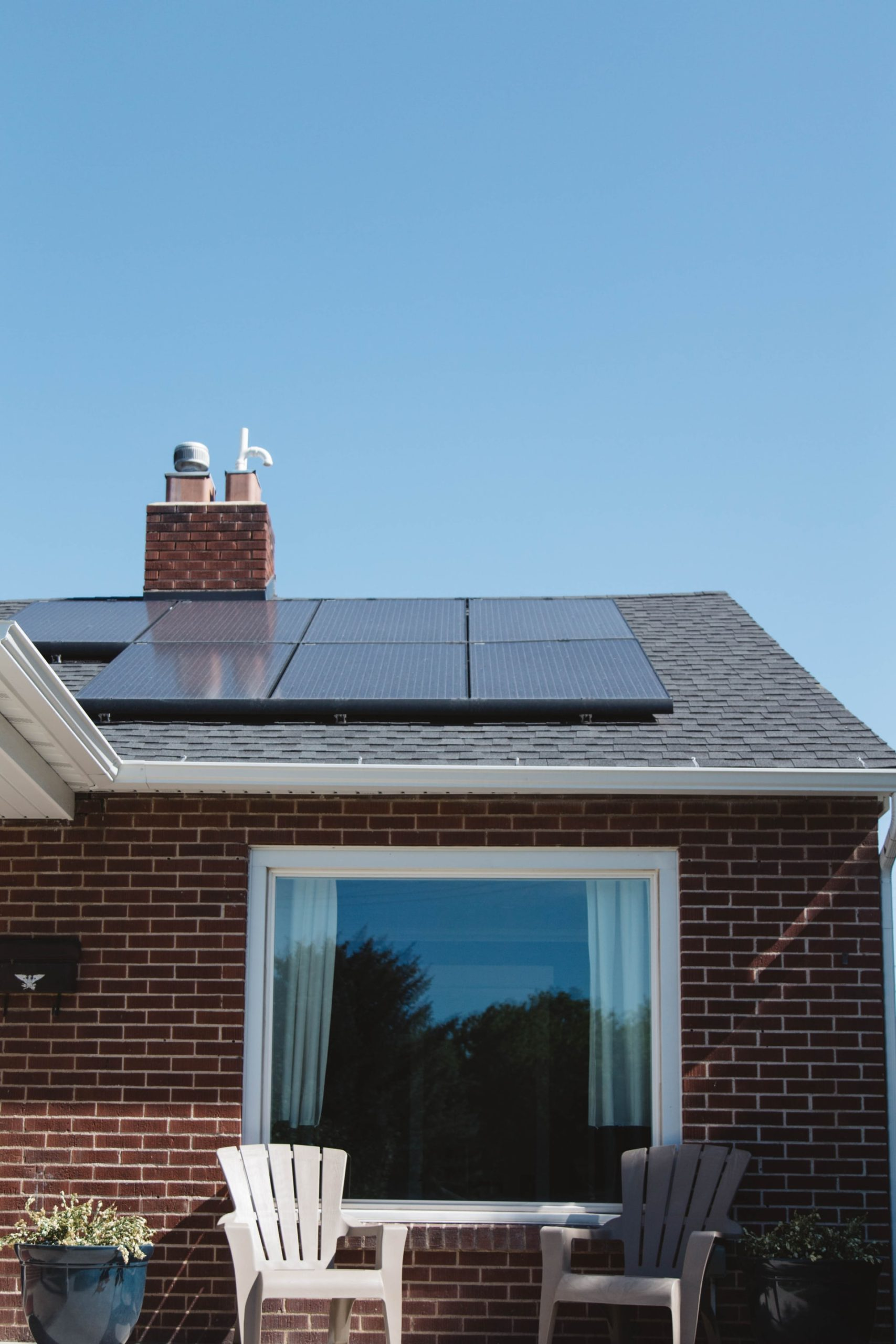 Solar Roof Installation Article Image