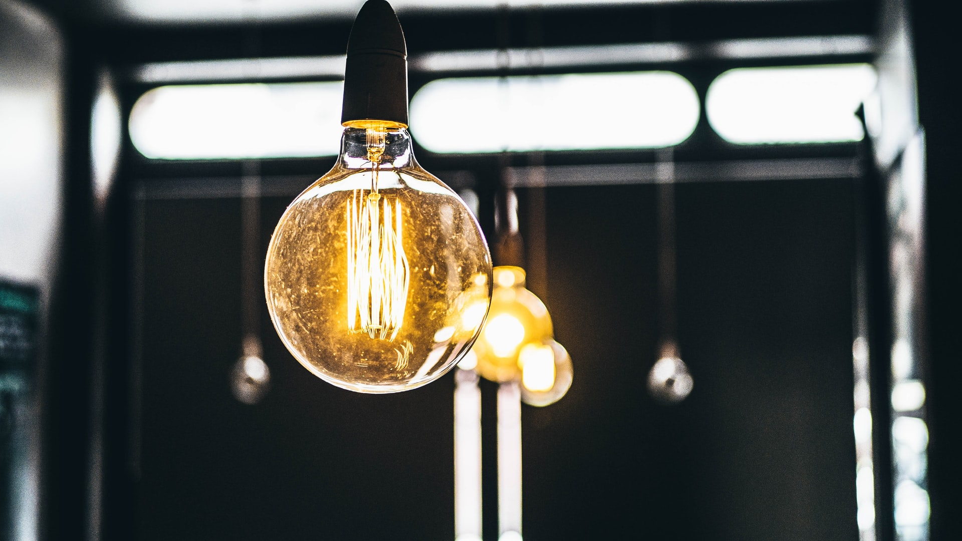 Aussies Best Electricity Gas Deals Header Image