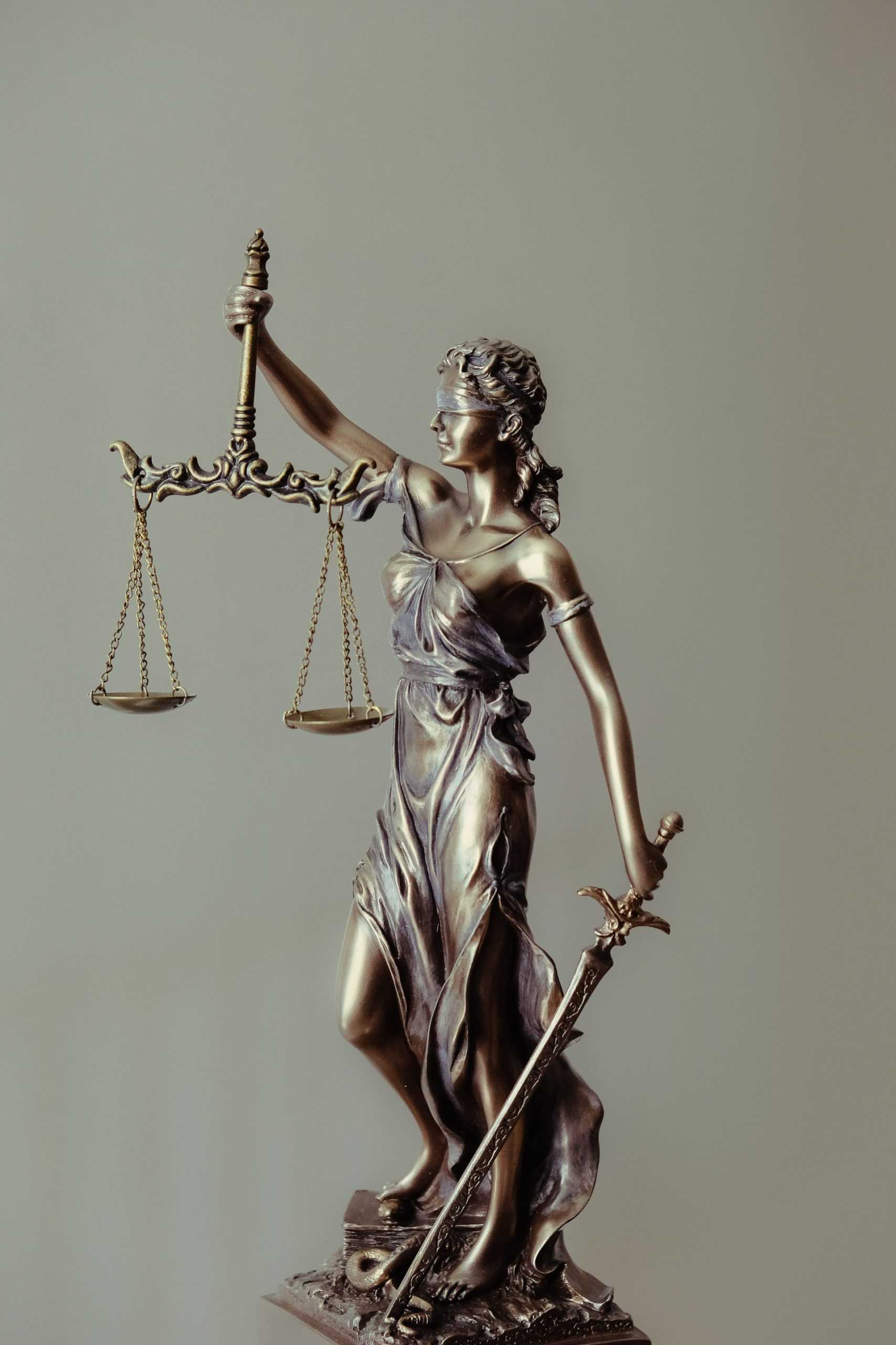 Characteristic Good Lawyer Article Image